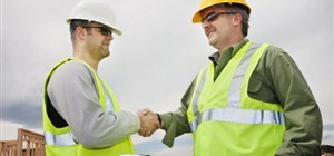 What's a Commercial Contractor Versus a Sub-Contractor?