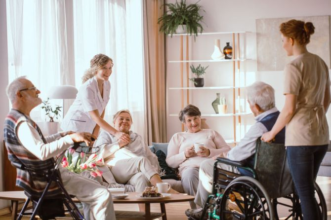 What Makes an Amazing Senior Living Facility?